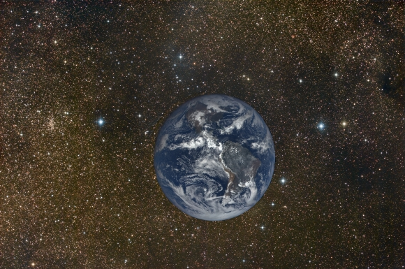 fake picture of the real earth with real stars